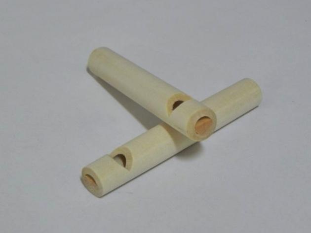 Gwizdek drewniany