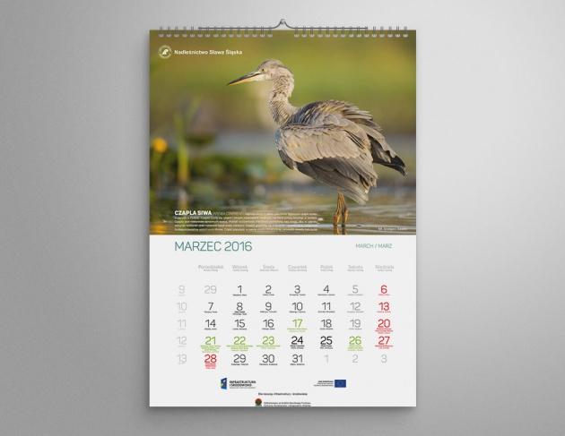 Kalendarze ścienne formatu b2